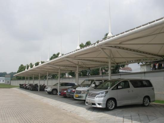 China Durable Car Parking Shed